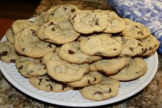 Home Trends Utah: Soft Chewy Chocolate Chip Cookies (made with pudding mix!)