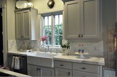 gray cabinet, kitchen layout, cabinet colors, grey kitchens, farmhouse sinks