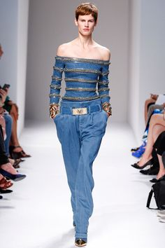 Balmain Spring 2014 RTW - Review - Fashion Week - Runway, Fashion Shows and Collections - Vogue