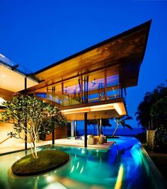 Exotic Residence in Singapore: The Fish House