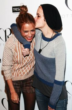 NEW YORK, NY - FEBRUARY 10: (L-R) Designer Charlotte Ronson and DJ Samantha Ronson pose backstage at the Charlotte Ronson Fall 2012 fashion show for TRESemme during Mercedes-Benz Fashion Week at Lincoln Center on February 10, 2012 in New York City. (Photo by Astrid Stawiarz/Getty Images for TRESemme) 2012 Getty Images