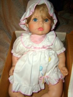 "Susan Wakeen Dolls, ""Patty Cake"" 1990 Beautiful, Blue eyes/Blonde-light brown hair & 19'' inches."