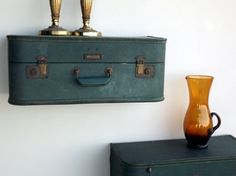 People are so creative. Love these handmade suitcase shelves