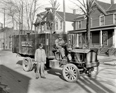 Shorpy Historical Photo Archive :: Genuine Gas Coke: 1912