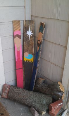 Pallet Nativity DIY...I have extra pickets from back fence that I could paint....ummm...think I have a new front door display for the season!!