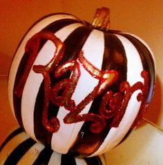 Cute Razorback Pumpkin~~