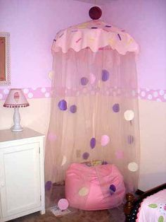 Flour Box Bakery — Make Your Own Cupcake Canopy