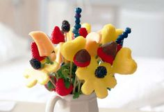 How to make your own edible fruit bouquet