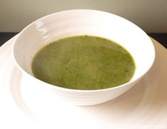 Spinach soup with lentils - a 5:2 diet recipe.  I'm working on improving my 5:2 diet recipes by adding a little protein where possible.  This spinach soup has a few black lentils added both to thicken the soup and to add protein (lentils have nearly 4 times the protein gram for gram as potatoes!).  It's still under 100 calories a bowl, or just over if you add a dollop of yoghurt for a nice creamy texture