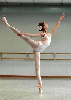Beautiful arabesque!!!!!'