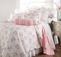 decor, guest bedrooms, shabbi chic, pastel pink, quest bedroom, pink bedrooms, sweet dream, bedroom designs, shabby chic bedrooms