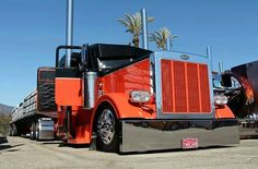 Hot Peterbilt truck, lookin' large... just the way we like 'em at Smart Trucking.;)