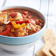 This slow cooker Kickin' Chicken Chili makes a perfect weeknight dinner. Get 35 slow cooker chicken recipes: http://www.bhg.com/recipes/slow-cooker/chicken/our-best-slow-cooker-chicken/?socsrc=bhgpin120312chickenchili=11