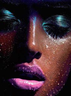 #Beauty #Wet #neon #makeup