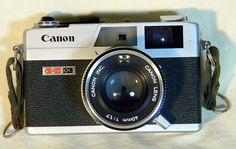 Canon Canonet G III QL--35mm vintag camera, canon canonet, iii ql35mm, camera shelf, canonet giii, giii ql