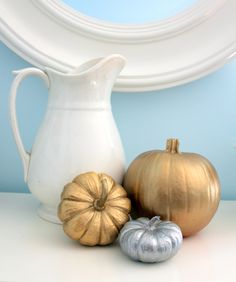 pretty metallic pumpkins......love these.