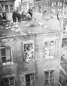 1947: The Collyers were wealthy and eccentric brothers. Here their brownstone building is searched by NYC police after their bodies were found amid 130 tons of trash they had hoarded. It appeared that Langley had been crawling through their newspaper tunnel to bring food to his paralyzed brother & one of his own booby traps fell down & crushed him. Homer, blind, paralyzed & dependent on his brother, starved to death.