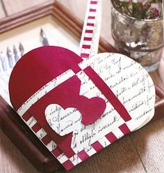 """This is actually a """"Christmas Basket"""". This design is called """"The love letter"""" which is why it came up in my search. Ppl in norway hang these on there x-mas tress but i'm going to use it as a goody basket"""