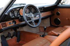911 Porsche Singer : interior