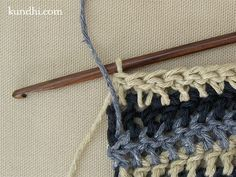 how to:  crochet single row stripes, carrying the yarn up the side, ready to use without breaking