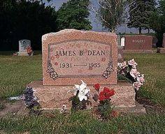 James Dean (1931 - 1955) - Park Cemetery Fairmount Grant County Indiana, USA
