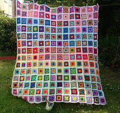 Crochet Inspiration - Gorgeous granny square afghan in bright colors