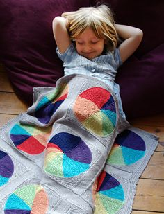 A circle in a square knitted blanket. afghans, craft, knit blanket, free pattern, afghan patterns, circl, pie afghan, baby blankets, blanket patterns