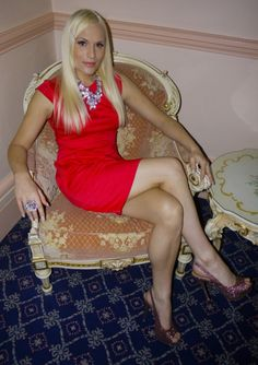fetischparty crossdresser in high heels