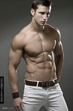 Kamil Nicalek, male fitness model | © Thomas Synnamon ► thomassynnamonphotography.tumblr.com