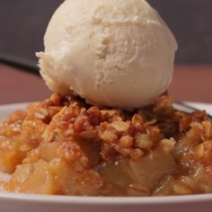 This vegan apple crisp is totally divine served warm with some vegan cream or vegan vanilla ice cream. It's deliciously flavorful and perfect for the holidays. #vegan #dairyfree