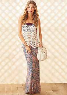 Gorgeous maxi skirt - I know of the perfect fabric at Joann's to make this!