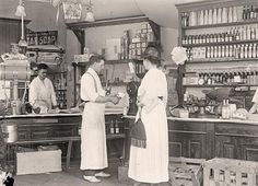 Old General Store. It was taken 1917 or 1918.  old photos.com