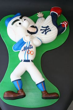 Worst Mets cake ever. What is happening here?