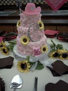 Sweet 16 country western cake..THATS COOL! I love it! It even has a C on it...(: