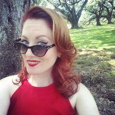 Flash back Friday to my fabulous fourth of July weekend!!!! #oakalley #minivaca #flashback #fbf #sassy #selfie #blueeyes #redhead #smile #sideeye #sunnies #myfavoriteplace #plantation #redhairdontcare