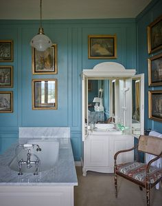 blue & white English bath