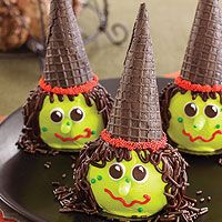 Frosted cupcakes make the witch's head and chocolate ice cream cones make her hat.