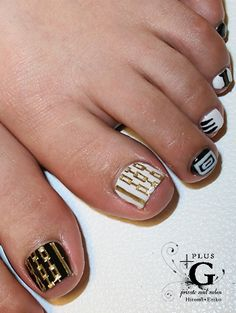 Black, white & gold toes