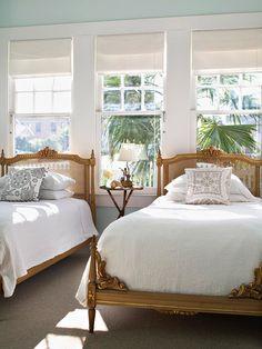 serene twin bedroom