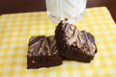 Healthy Chocolate Peanut Butter Brownies (Low Carb)
