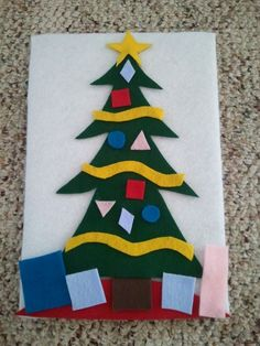 Easy felt board Christmas tree...perfect for preschool and early elementary kids!