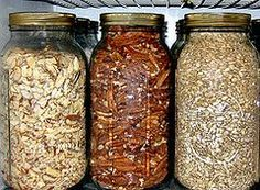 How to plan your food storage so you can make your favorite recipes years from now (link) « reThinkSurvival.com