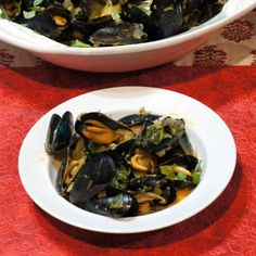Steamed Mussels in Red Thai Coconut Curry