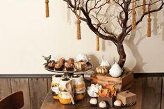 Gorgdous Thanksgiving inspiration with metallic touches #holidayentertaining