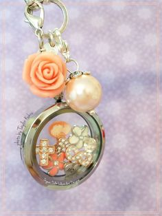 Design your own locket with Origami Owl!