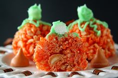 Candy-Stuffed Rice Crispy Treat Pumpkins