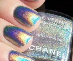 holographic chanel nail polish... need