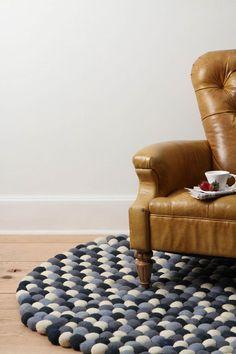 I love that rug.