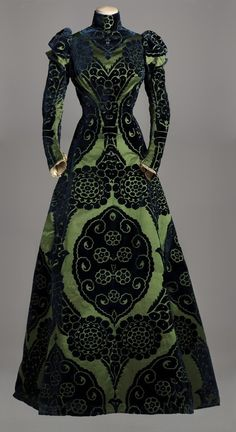 Worth Tea Gown - c. 1895 - House of Worth - Silk dress with a green satin underlay, featuring midnight blue satin designs. Silk green taffeta lining - Collection Musée Galliera - @~ Mlle