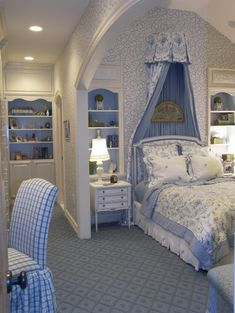 blue and white bedroom, white and blue bookcases, little night stands and cut white lamp french bedrooms, bed designs, blue bedrooms, white bedrooms, teen girl bedrooms, bedroom designs, teen girls, teenage bedrooms, girl rooms